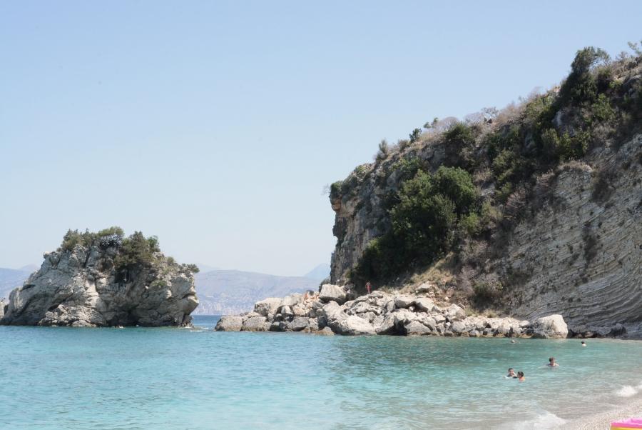 Pasqyra beach